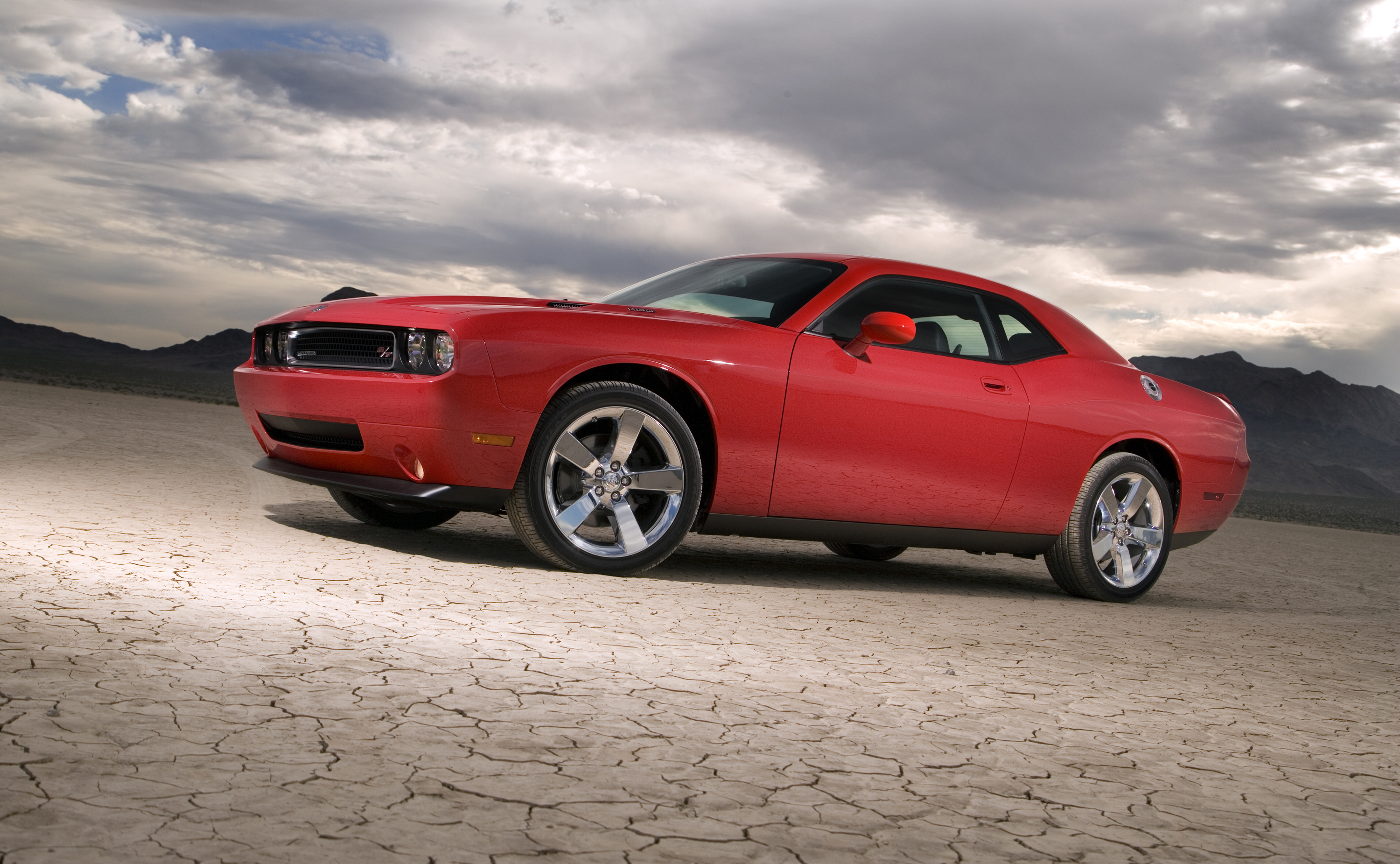 American muscle cars, trucks and motorcycles presented by models